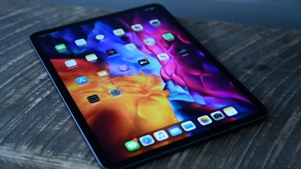 Apple is to plan future iPads with OLED displays